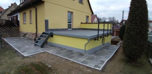 Terrasse in Graniteinfassung  Erneuerung Garagenfassade 1